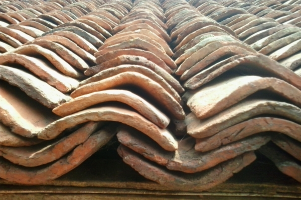 reinforced layers of clay roof tiles